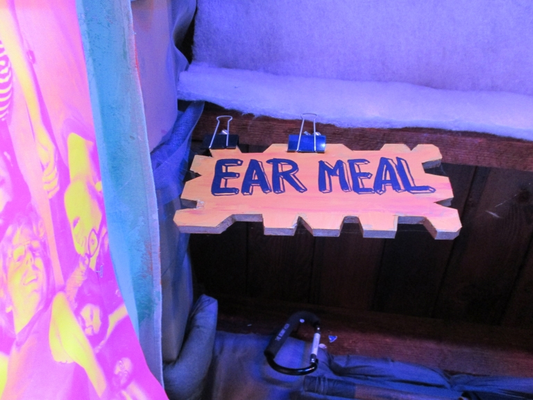 atlas_sets_ear_meal_04